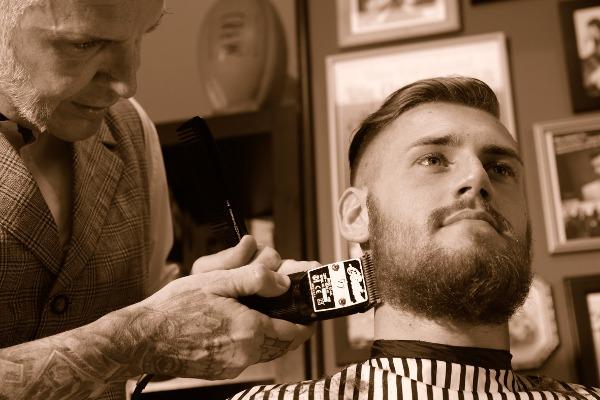 Interview mit Jerome Kantner von Fön-ix & Barber J aus Mainz auf mein-vollbart.de