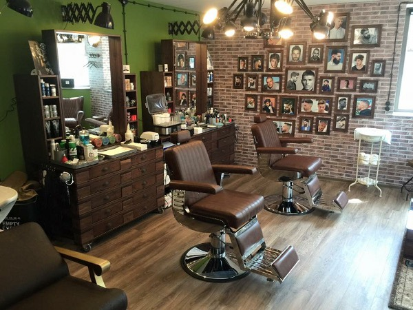 midtown barbershop weinsberg cuts trims shaves mein. Black Bedroom Furniture Sets. Home Design Ideas