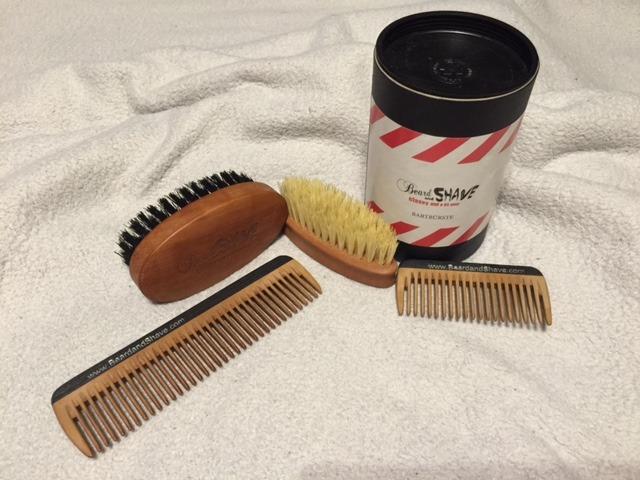 Bartkamm und Bartbürste von beardandshave auf mein-vollbart.de